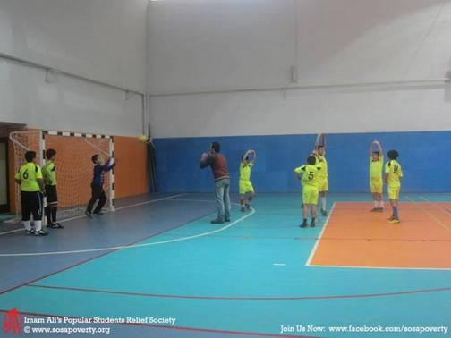 http://khaneelmedarvazeghar.persiangig.com/92-Aks/Aks/Football/92.09.15/1%20%282%29.jpg