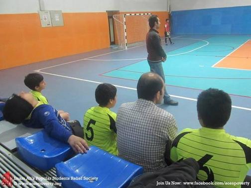 http://khaneelmedarvazeghar.persiangig.com/92-Aks/Aks/Football/92.09.15/1%20%288%29.jpg